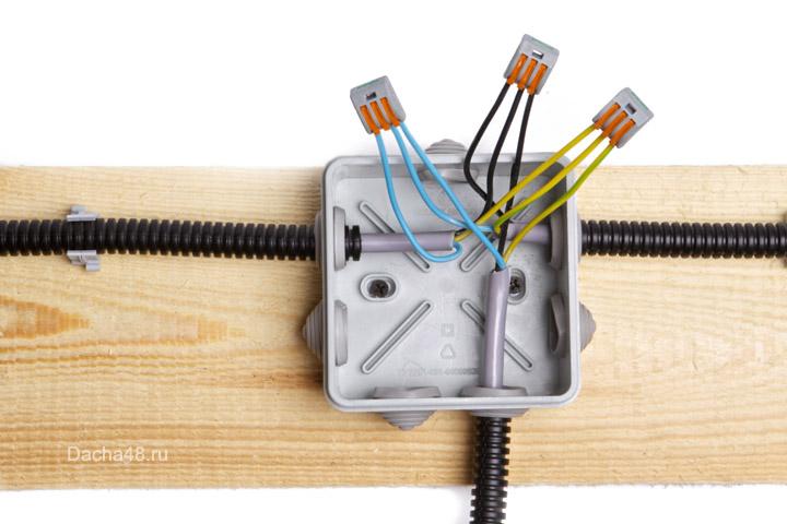 Схемы соединений проводов в распаечных коробках