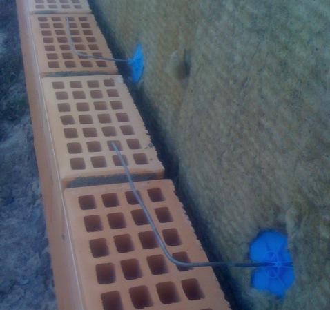 Многослойная стена из газосиликата, минваты и облицовачного кирпича